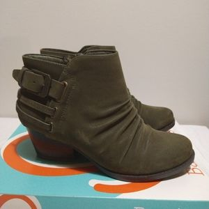 Bare Traps Reid Moss Ankle Booties